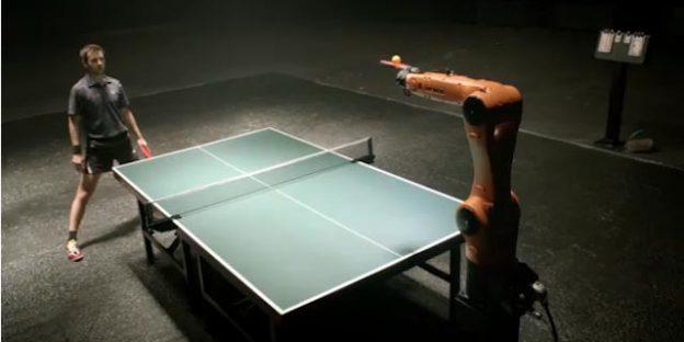 Duelo ping pong robot kuka