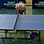 jugadores de ping pong