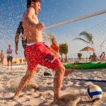 Partido de fútbol playa