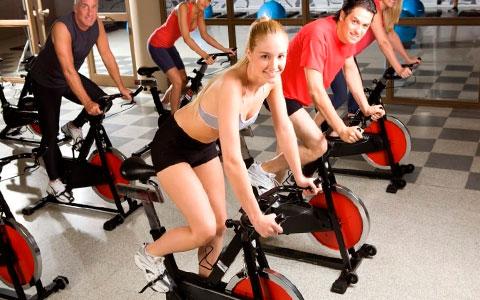 gama media de bicicletas de ciclo indoor